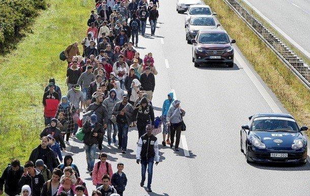 СудЕС признал преступным отказ Венгрии иСловакии принимать беженцев