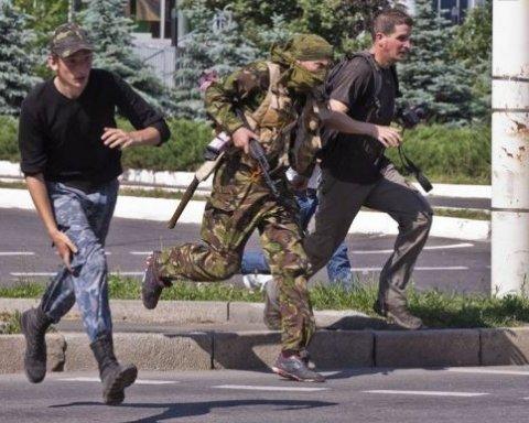 Партизанська революція: жителі ОРДЛО масово б'ють бойовиків