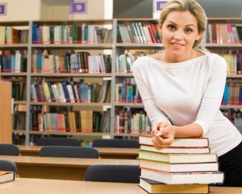 Підвищення зарплат учителям: хто і скільки отримає