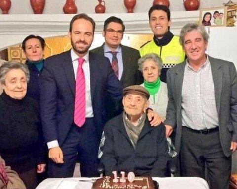 Найстаріший чоловік у світі розкрив секрет довголіття