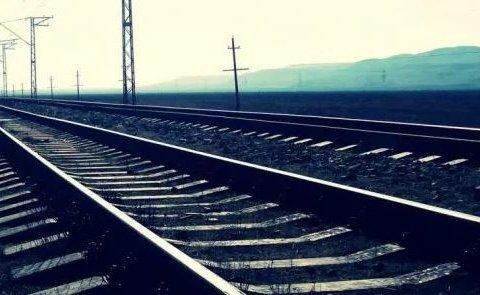 Молодий актор кинувся під поїзд через нещасливе кохання