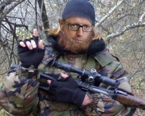 Яценюк подав до суду у «чеченській справі»