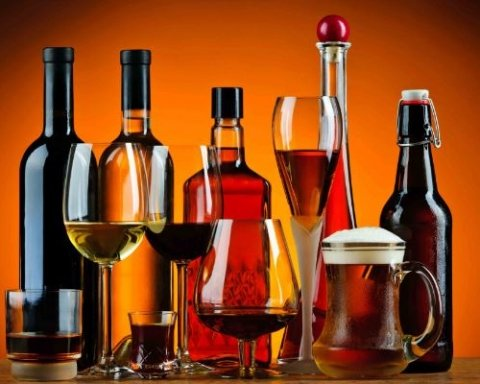 «УНН» розміщує на сайті замовні статті, рекламуючи алкоголь