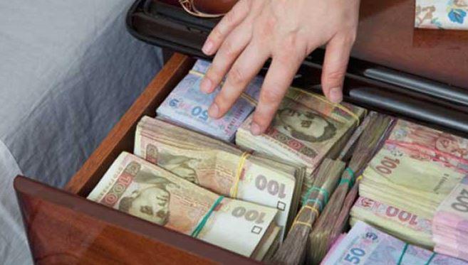 Пенсия и прожиточный минимум: сколько украинцы получат в ближайшее время