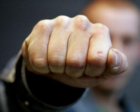 Чек став причиною великої бійки у нічному клубі Києва