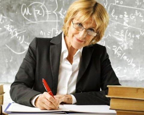 Підвищення зарплат педагогам: Гриневич назвала терміни і суми