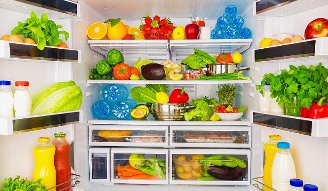 Ідеальний порядок: як правильно розміщувати продукти у холодильнику, щоб бути здоровим