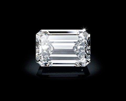 Как выглядит бриллиант за 30 млн долларов (фото)