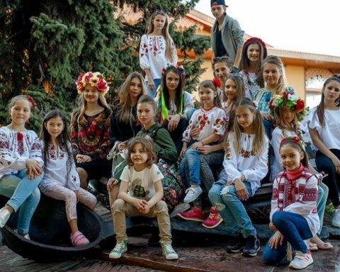 Украинский мальчик впервые в истории стал «Принцем мира», есть фото и видео