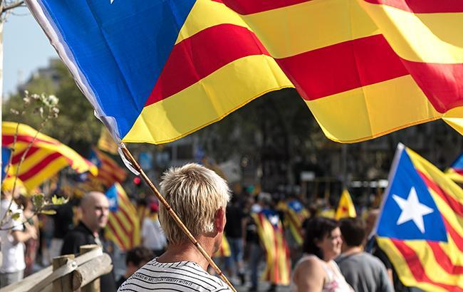 На виборчій дільниці в Каталонії стріляли, є поранені