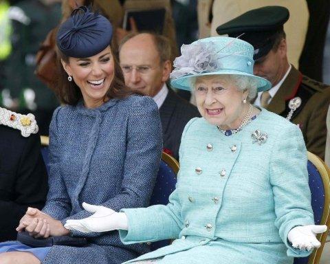 Грандиозный скандал набирает обороты в королевской семье Британии