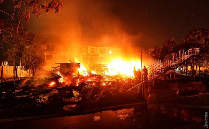 Смертельна пожежа в одеському таборі: названо шокуючі подробиці