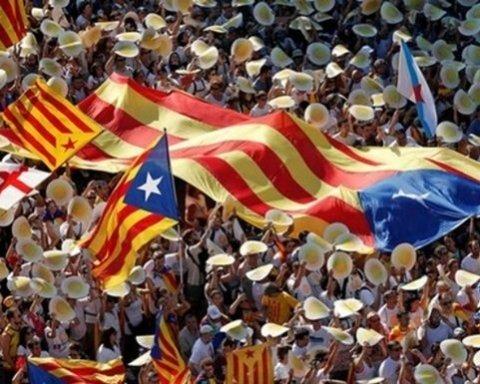 В Каталонії проголосували за референдум про незалежність