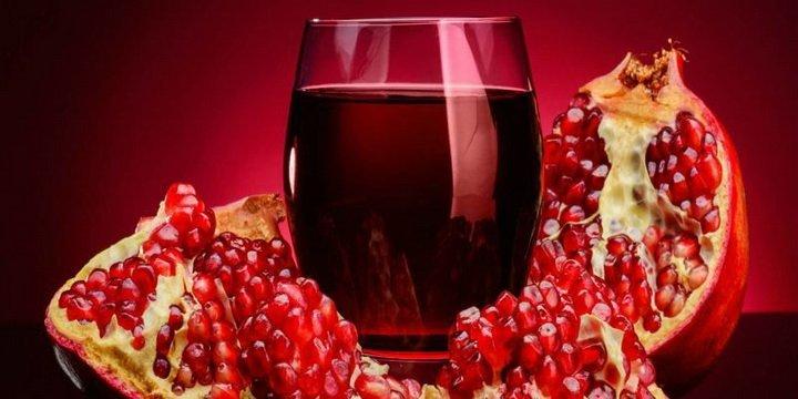 Назван сок, который борется с раком и ожирением одновременно