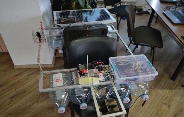 Украинец создал робота-уборщика: машина чистит водоемы (видео)