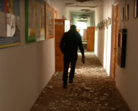Разрушенная Калиновка: в сети показали полностью разбитое жилье жителей (видео)