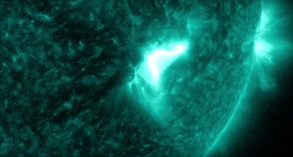 Неймовірний спалах на Сонці показали в NASA (фото)