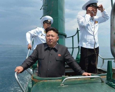 """У КНДР активізувалась поліція стилю: людей затримують за """"неправильні"""" зачіски"""