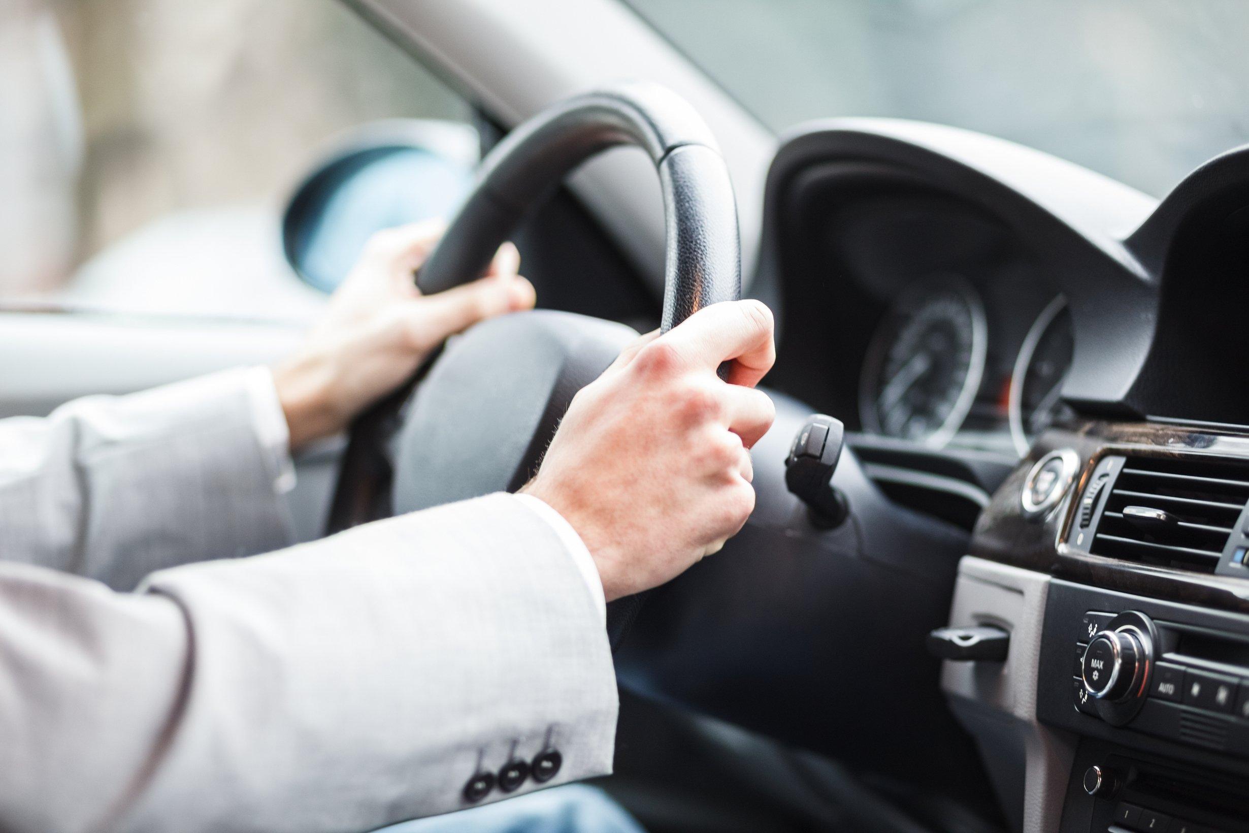 Эти пять водительских привычек «убивают» ваше авто