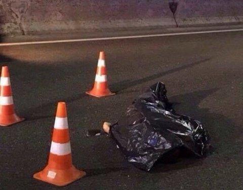 Жахлива смерть у Києві: вантажівка розчавила чоловіка (фото)