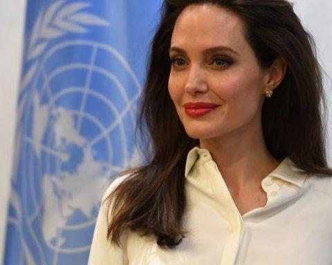 Анджелина Джоли сходила на встречу в ООН, чтобы обсудить мировую проблему