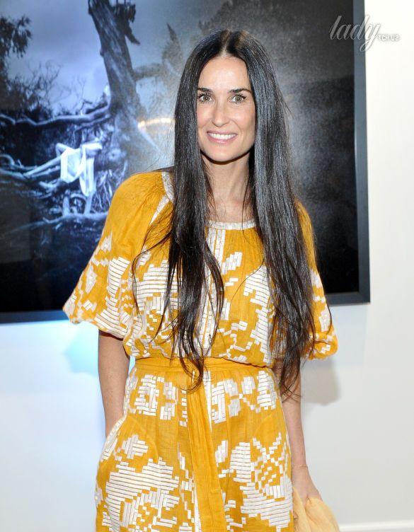 Деми Мур в платье украинского дизайнера покорила изысканностью (фото)
