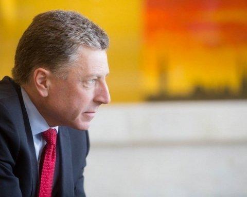 Волкер назвал условие диалога с Кремлем об отмене санкций