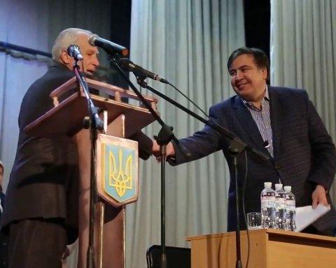 """Саакашвілі анонсував """"турне"""" по Україні"""