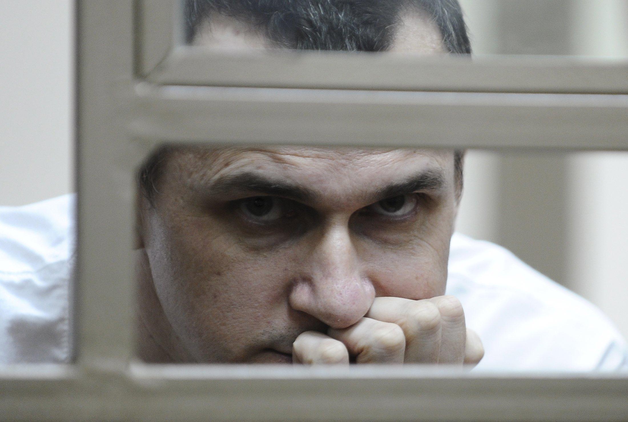 Під будівлею уряду Росії пройшла акція на підтримку Сенцова