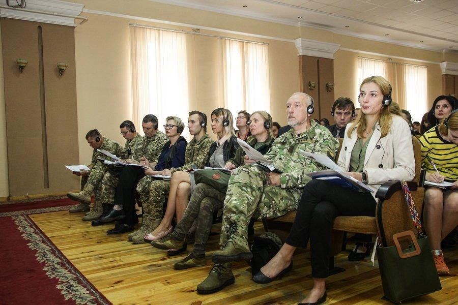 Украина создаст систему реабилитации бойцов, вернувшихся из плена