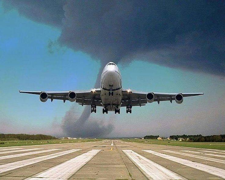 Аэропорт Коломойского вернут государству