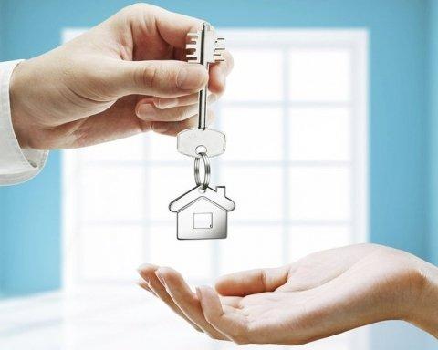 Боржників в Україні позбавлятимуть квартир: за які суми можна залишитися без житла