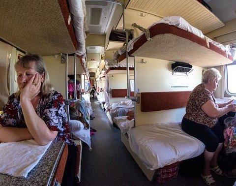 Украинцев разозлило грязное белье в поездах «Укрзализныци»