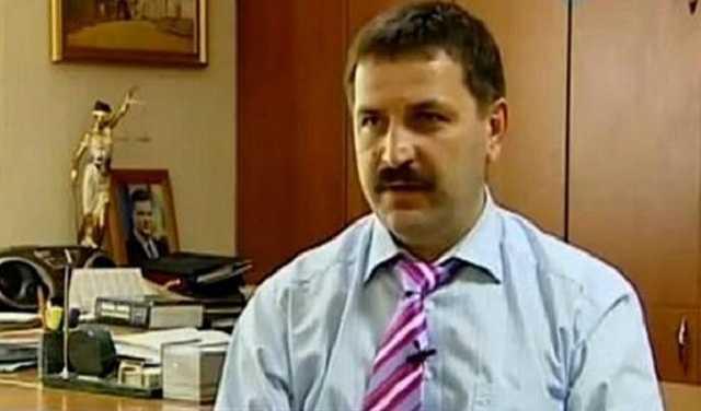 Розкішне життя прокурора з Києва показали у мережі (фото, відео)