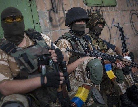 """Добровольців АТО назвали """"незаконними збройними формуваннями"""""""