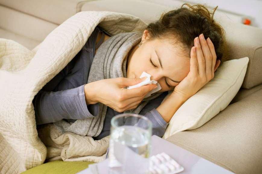 Как лечить кашель правильно: медики дали ценные советы