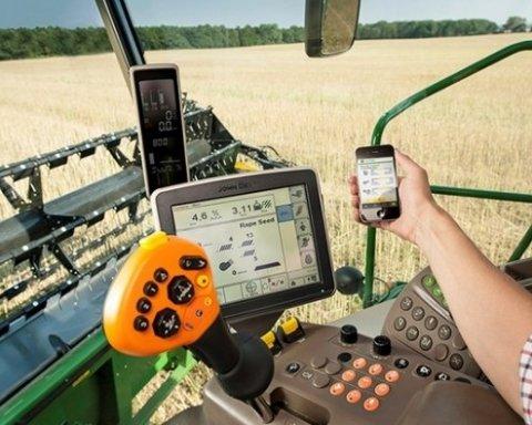 Беспілотники і кукурудза: посіви в Україні почнуть контролювати роботи