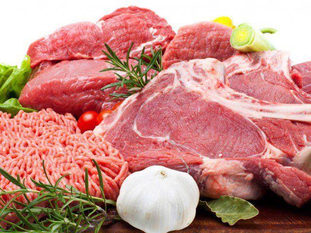 Почему от мяса стоит отказаться: медики назвали шесть причин