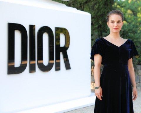 Наталі Портман у сукні від Dior вразила фанатів (фото)