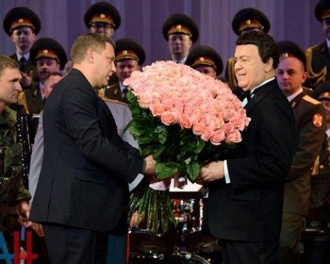 Снова оконфузился: Захарченко на сцене испугался собственной тени (фото)