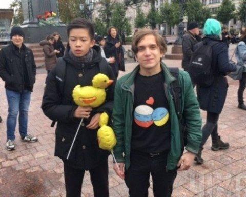 Масовий мітинг у Росії: люди вимагають відправити Путіна на пенсію (відео)