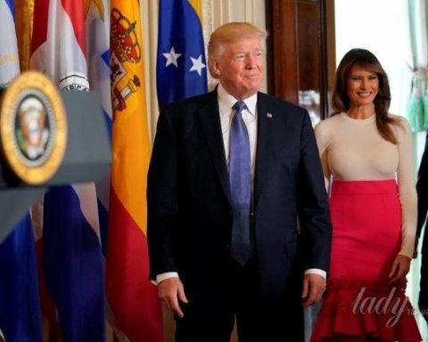 Дружина Трампа зганьбилася відвертим вбранням (фото)