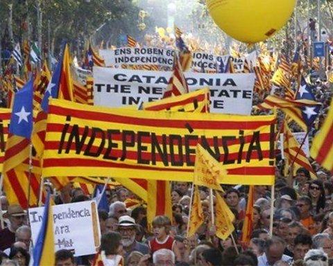 Іспанська влада дала Каталонії час до понеділка: потім буде пізно
