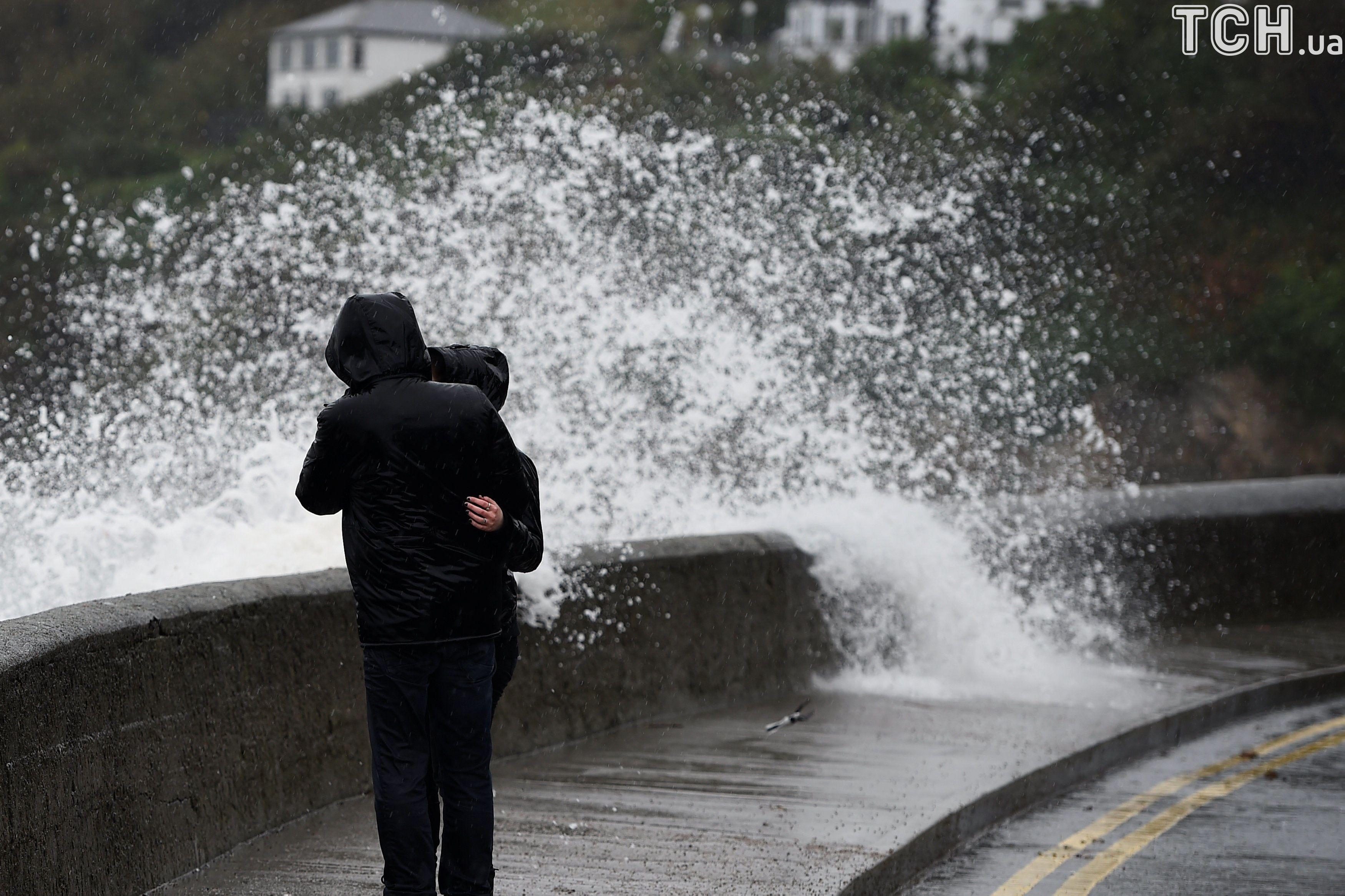 МИДРФ предупредил обугрозе подтопления вСоединенном Королевстве из-за шторма «Брайан»