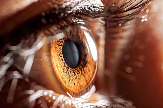 Пять привычек, которые ускоряют старение кожи вокруг глаз