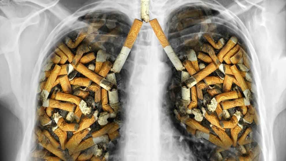 Специалисты рассказали, кому курение наносит наибольший вред