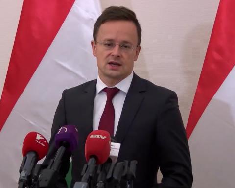 Угорщина наклала вето на грудневе засідання Комісії НАТО-Україна
