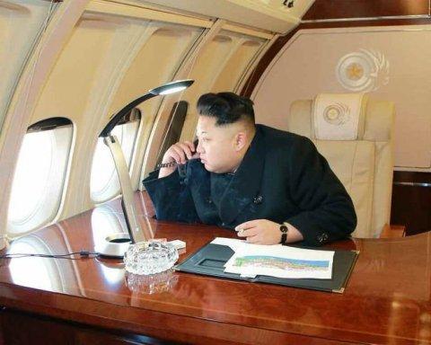 """Північна Корея пофарбувала Крим у """"російські"""" кольори"""