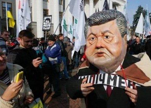 Перевіряють всіх: на під'їздах до Києва масово зупиняють авто (фото)