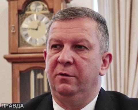 """Українців вразила """"скромна"""" зарплата Реви"""
